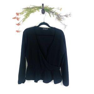 PrettyLittleThing   V-Neck Blouse Black Size 18